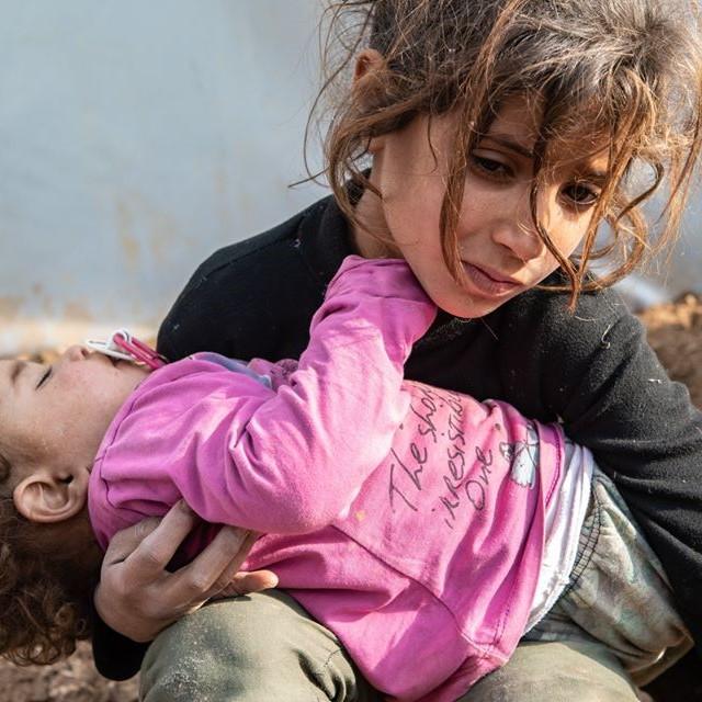 Enfants kurdes dans un camp de réfugi&s au Rojava, Kurdistan en Syrie