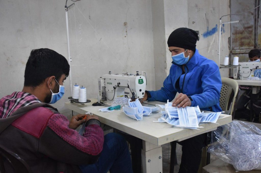 Fabrication de masque contre le Coronavirus au Rojava